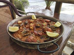 paella en restaurante
